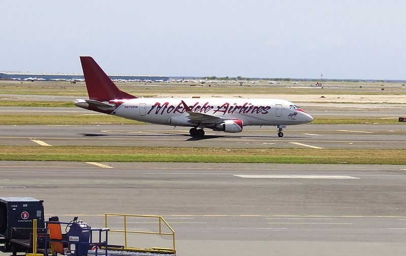 800px-Mokulele_Airlines_E170_HNL_N870RW