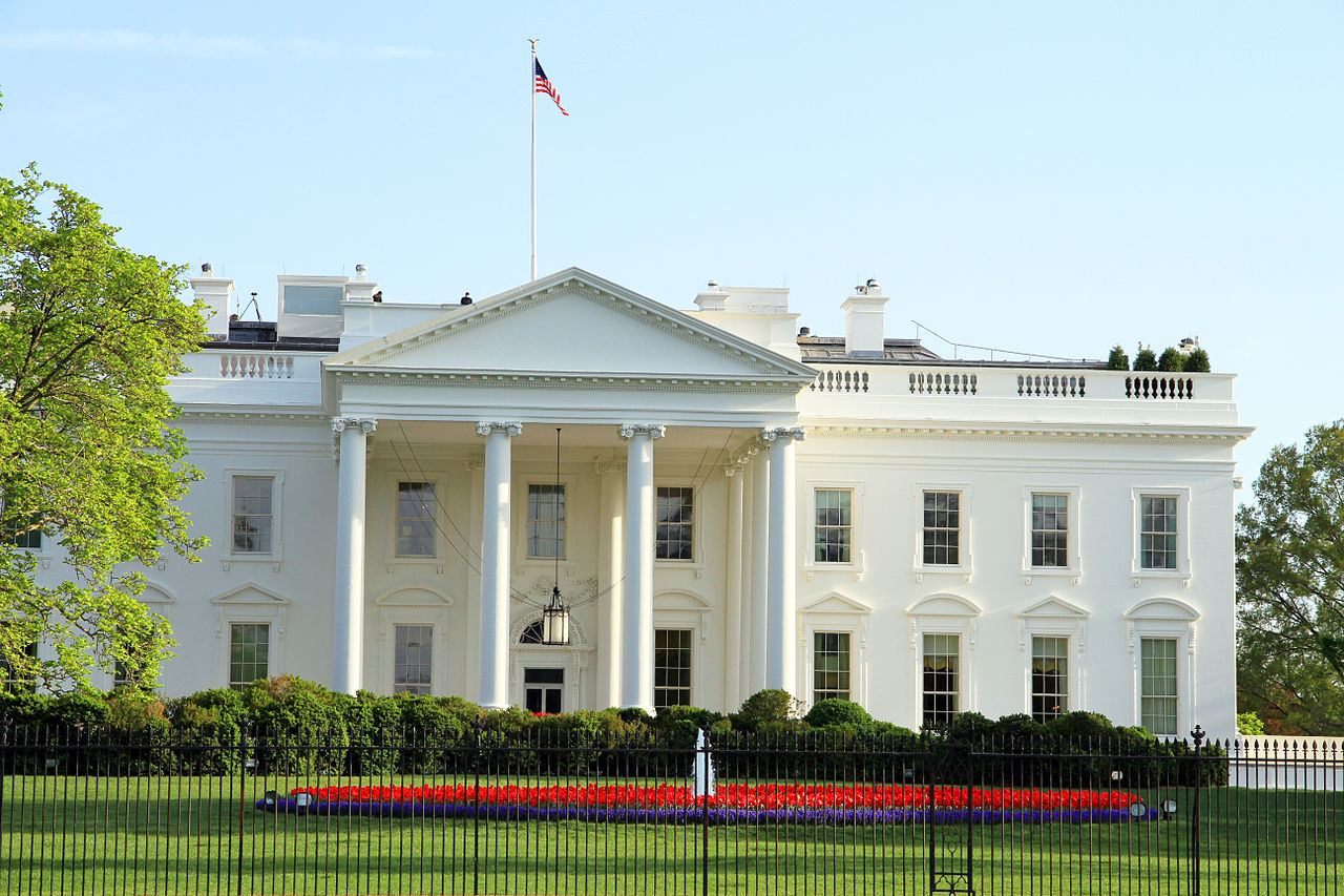 1280px-1122-WAS-The_White_House